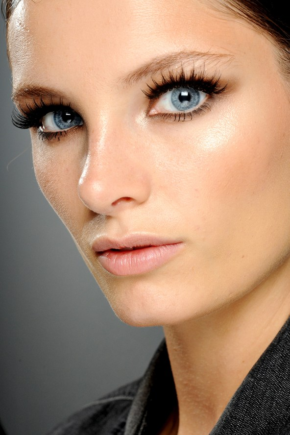 Fluttery Lashes Summer Makeup Trends 2013