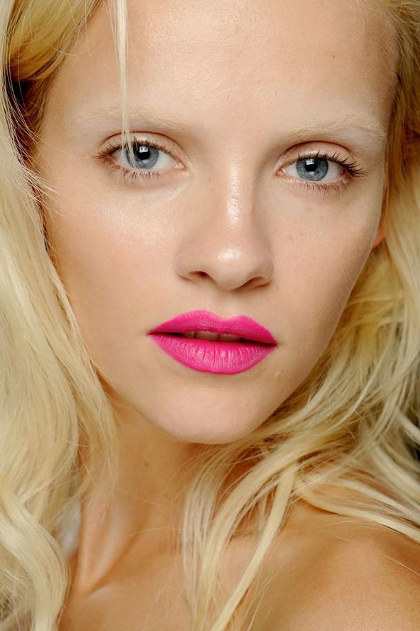 Neon Lips Summer 2013 Makeup Trends